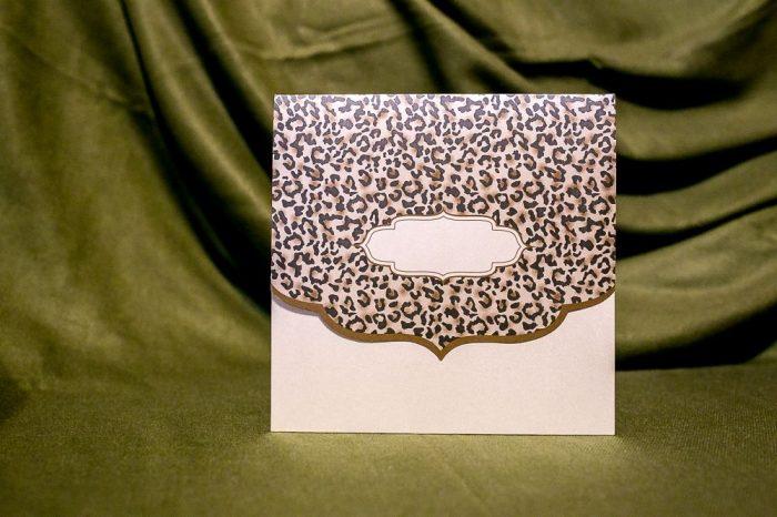 invitatii nunta crem sidefat cu animal print 5029